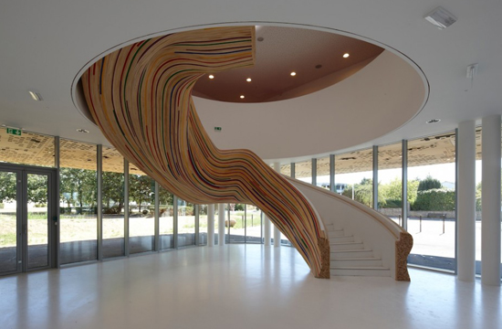 Sculptural staircase by Tetrarc Architects as featured on the Hatch Blog: COMMERCIAL DESIGN TRENDS PART 3 – DESIGN FOR HEALTH